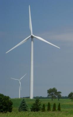 Wind turbine near Fond du Lac, Wisconsin, USA