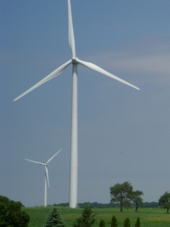 Wind turbine near Fond du Lac, Wisconsin, USA