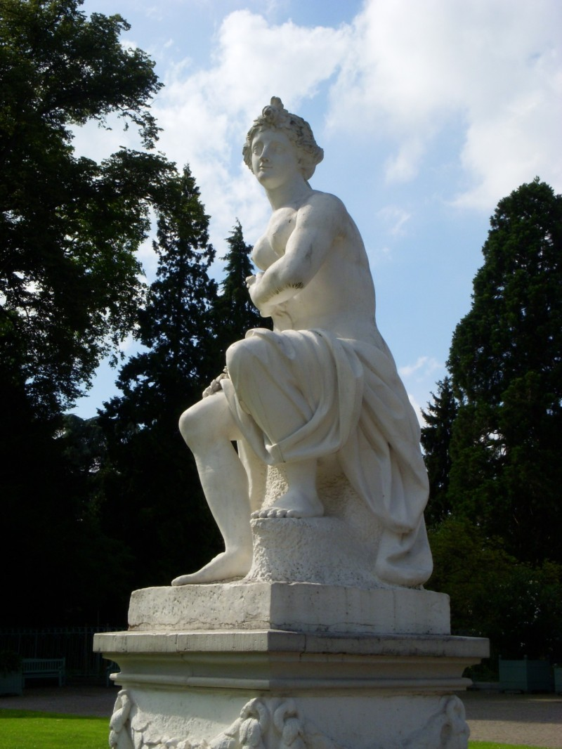 Statue in the park of Schloss Benrath (Benrath Palace)
