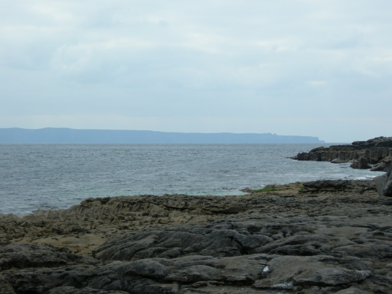 the coastline of Inisheer