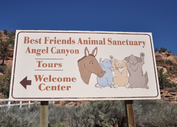 welcome sign at Best Friends Animal Sanctuary in Kanab, Utah